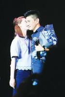 吳奇隆23年後回歸歌壇  太太甜蜜送驚喜