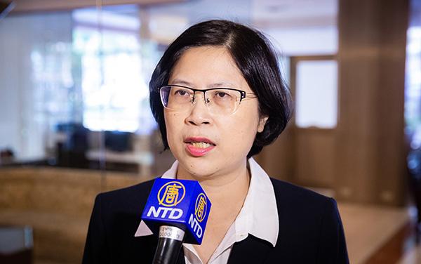 台灣法輪功人權律師團發言人朱婉琪表示,與會法輪功代表講述了中共迫害、活摘器官的情況,盼喚起更多人協助制止迫害。(陳柏州/大紀元)