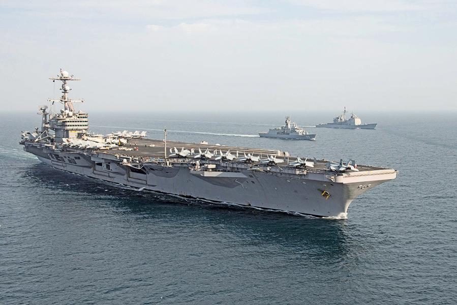 戰力強大如海上堡壘 航空母艦如何運作?