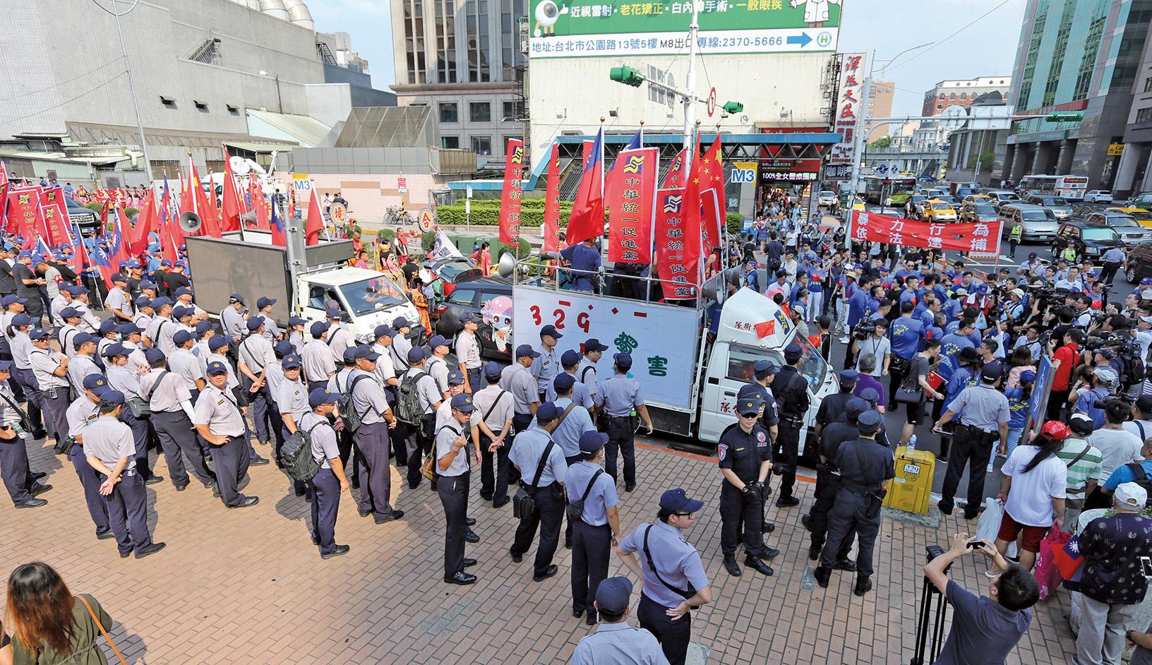 中共在台成立「 統促會」和「愛同會」不斷使用暴力蓄意挑起事端,製造社會問題,引起台灣各界的極大憤慨。( 中央社)