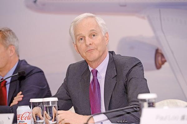 國泰航空集團主席史樂山稱全力支持民航處,禁飛737MAX型的決定。(宋碧龍/大紀元)