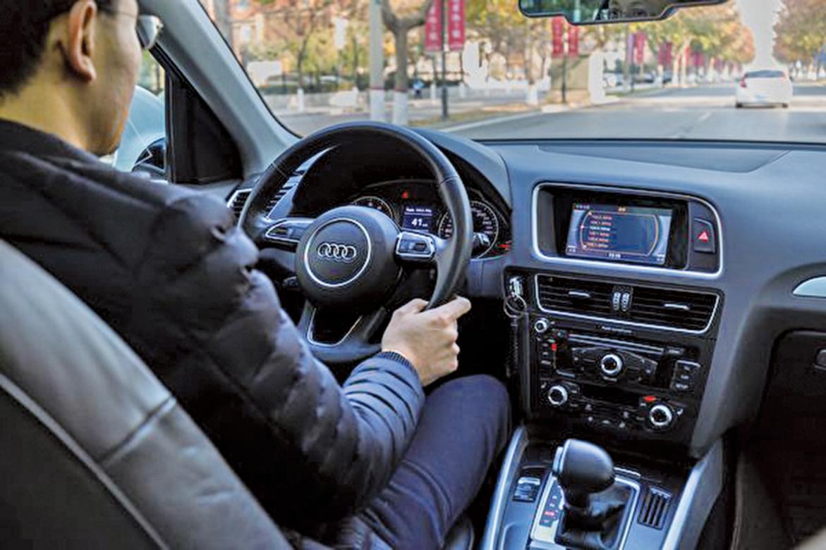 大陸產奧迪致車主患癌事件擴大,逾二千車主加入維權。有業內人士表示,所有大陸車企都使用有毒材料。圖為奧迪Q5試乘試駕內飾外觀。(大紀元資料室)
