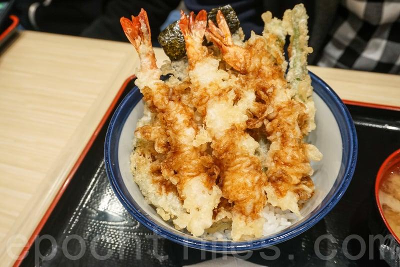 淺草海老天丼裏有三隻炸蝦,適合喜歡蝦的朋友。