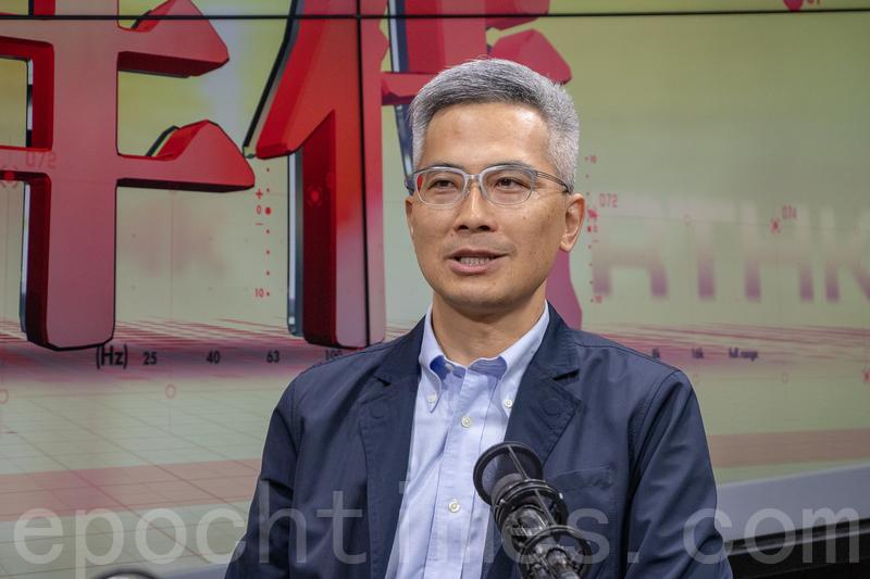 香港工程師學會航空分部發言人詹永年認為,民航處遲宣佈停飛波音737 MAX 8飛機的做法審慎。(蔡雯文/大紀元)