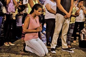 巴西小學爆槍擊案 十人死含五學童