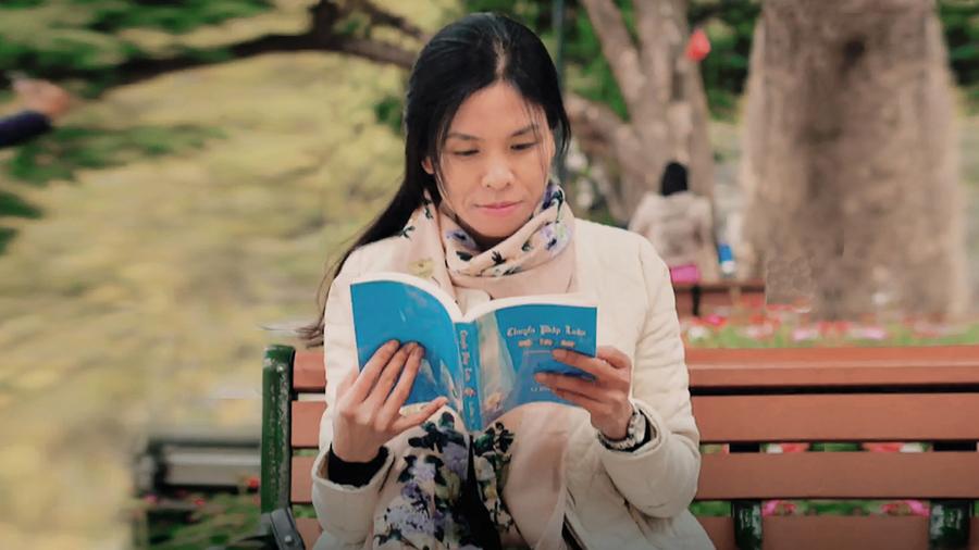 疾病纏身面臨失明 越南女記者閱讀奇書再見彩虹