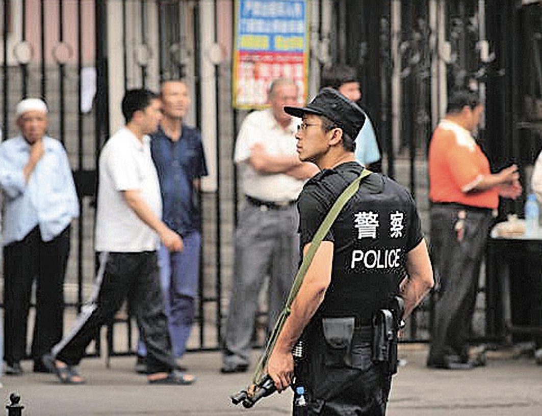 美國國務院正在考慮制裁侵犯人權的新疆官員。(AFP)