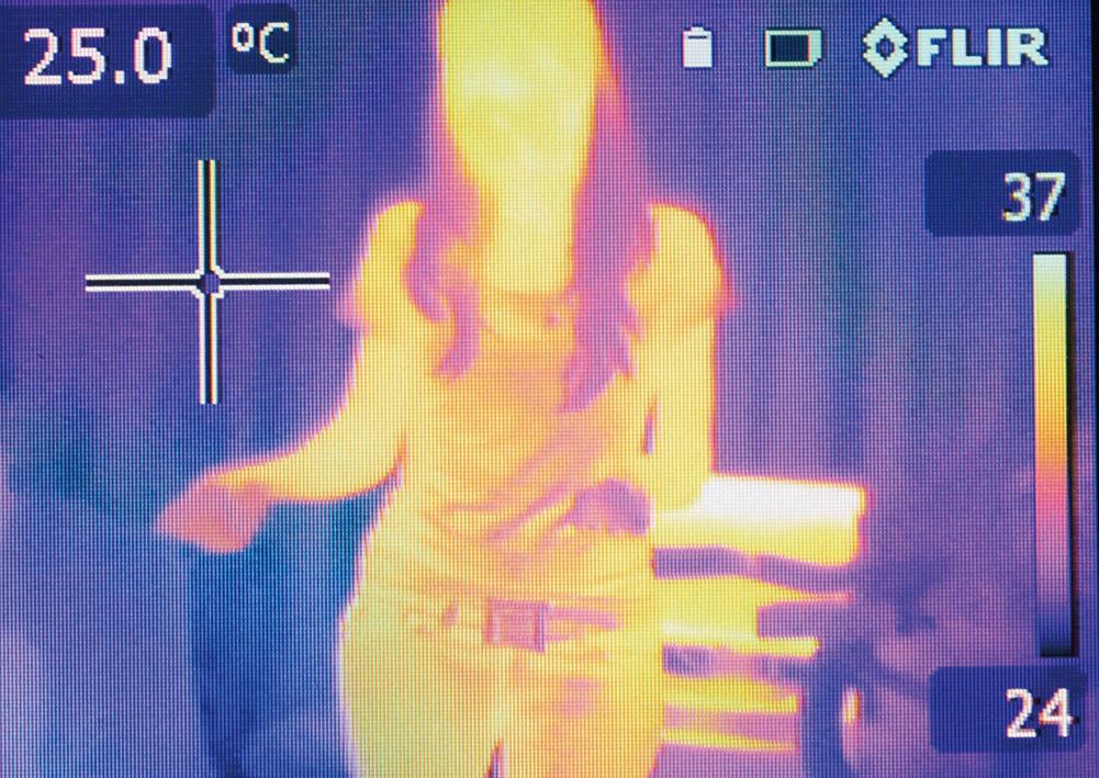 夜視儀器所看到的紅外線圖像。(Creative Commons)