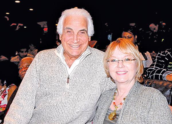 紐約州長島納蘇郡著名律師彼得森和太太。(衛泳/大紀元)