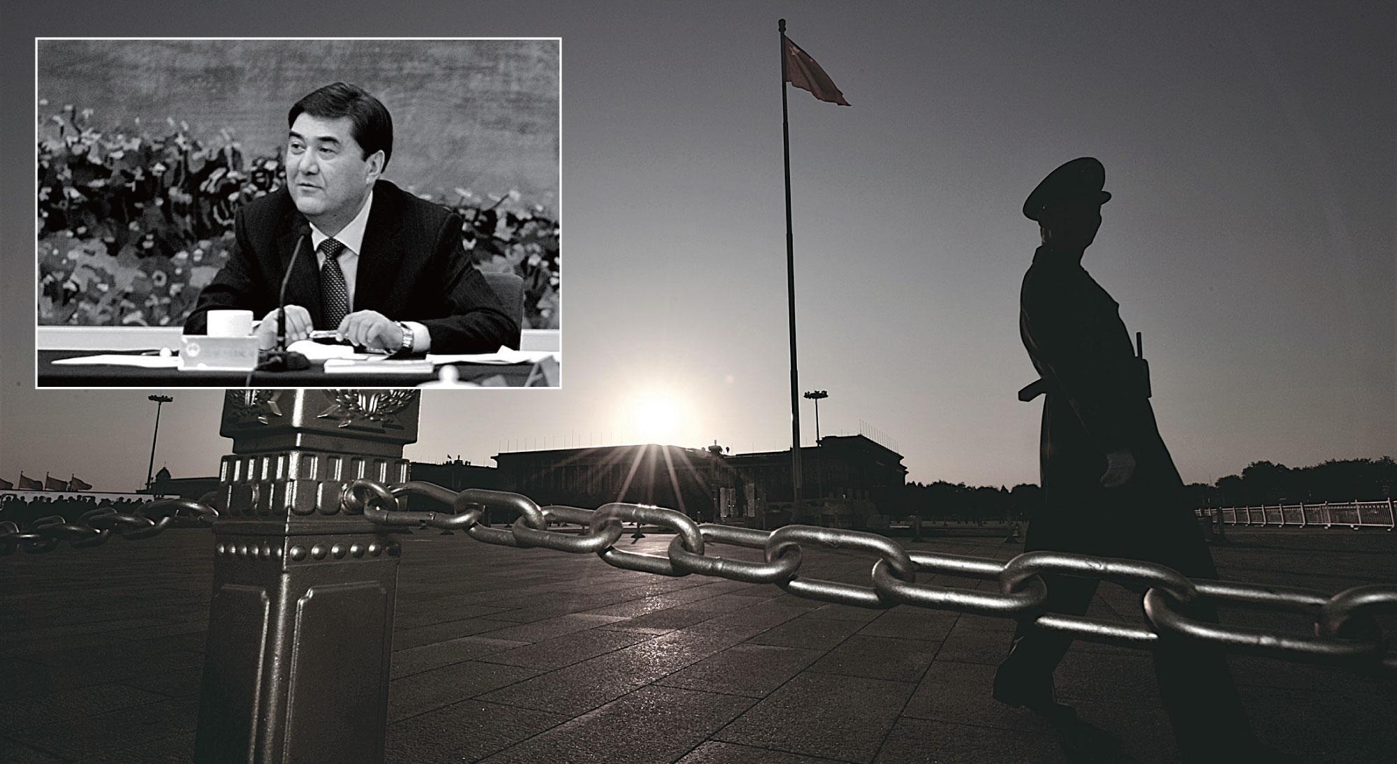 3月16日,中共發改委副主任、國家能源局局長努爾白克力因嚴重腐敗問題被開除黨籍和公職,移送司法機關。(MARK RALSTON/AFP/Getty Images;小圖:LIU JIN/AFP/Getty Images)