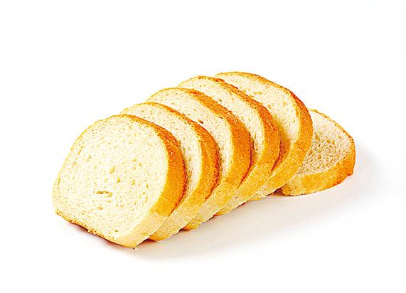 白麵包營養含量相對低,且升糖指數較高。