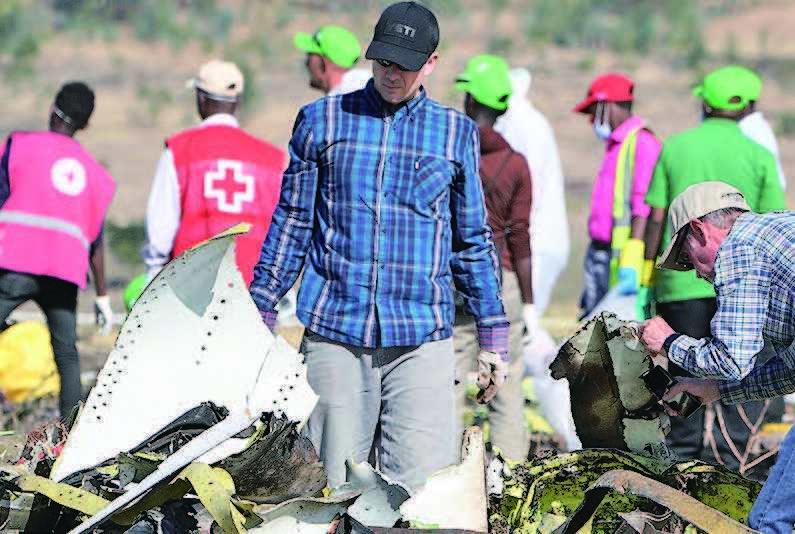 埃航墜毀的波音737 MAX 飛機殘骸現場。(Getty Images)