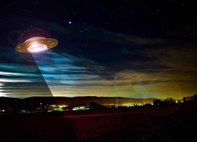 夜視鏡相助美飛行員稱目擊UFO