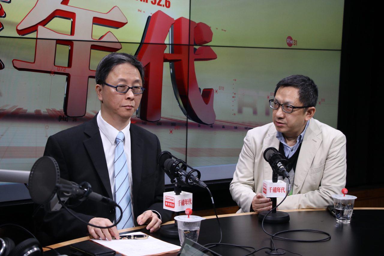 港大感染及傳染病中心總監何栢良(左)預料麻疹感染個案會陸續有來。(蔡雯文/大紀元)