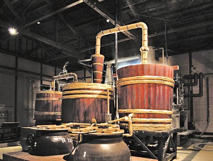 傳統的日本燒酒廠,運用傳統的古法釀造。