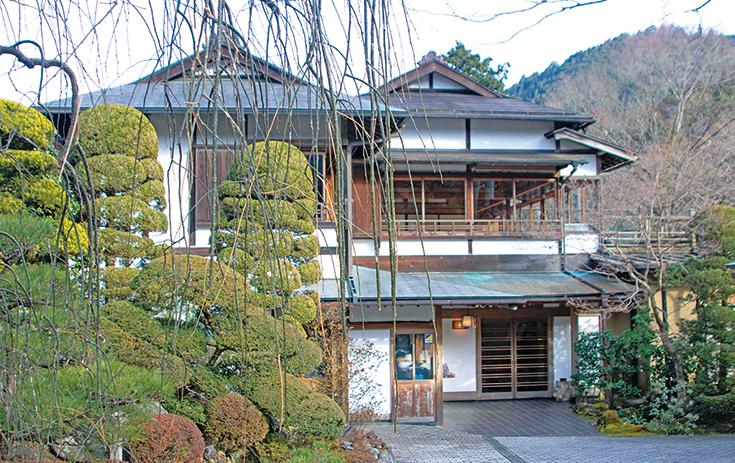 日本釀酒歷史悠久,釀酒廠裏的建築物都有悠久的歷史。