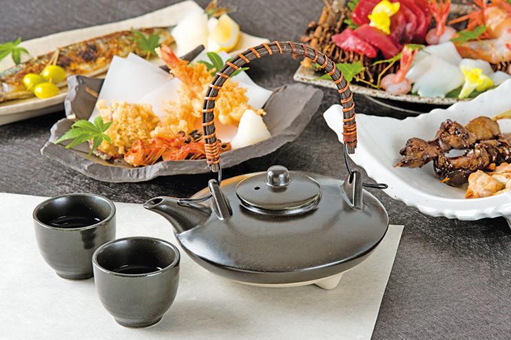 傳統的日本美酒通常須搭配美食。
