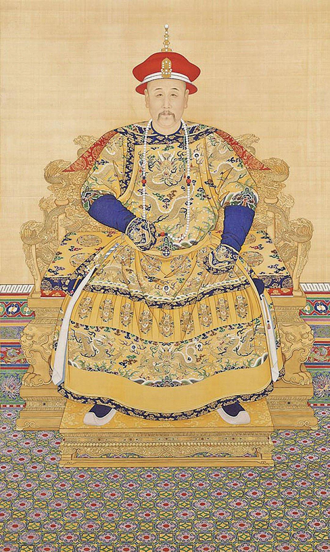 清世宗憲皇帝朝服全身像(維基百科)