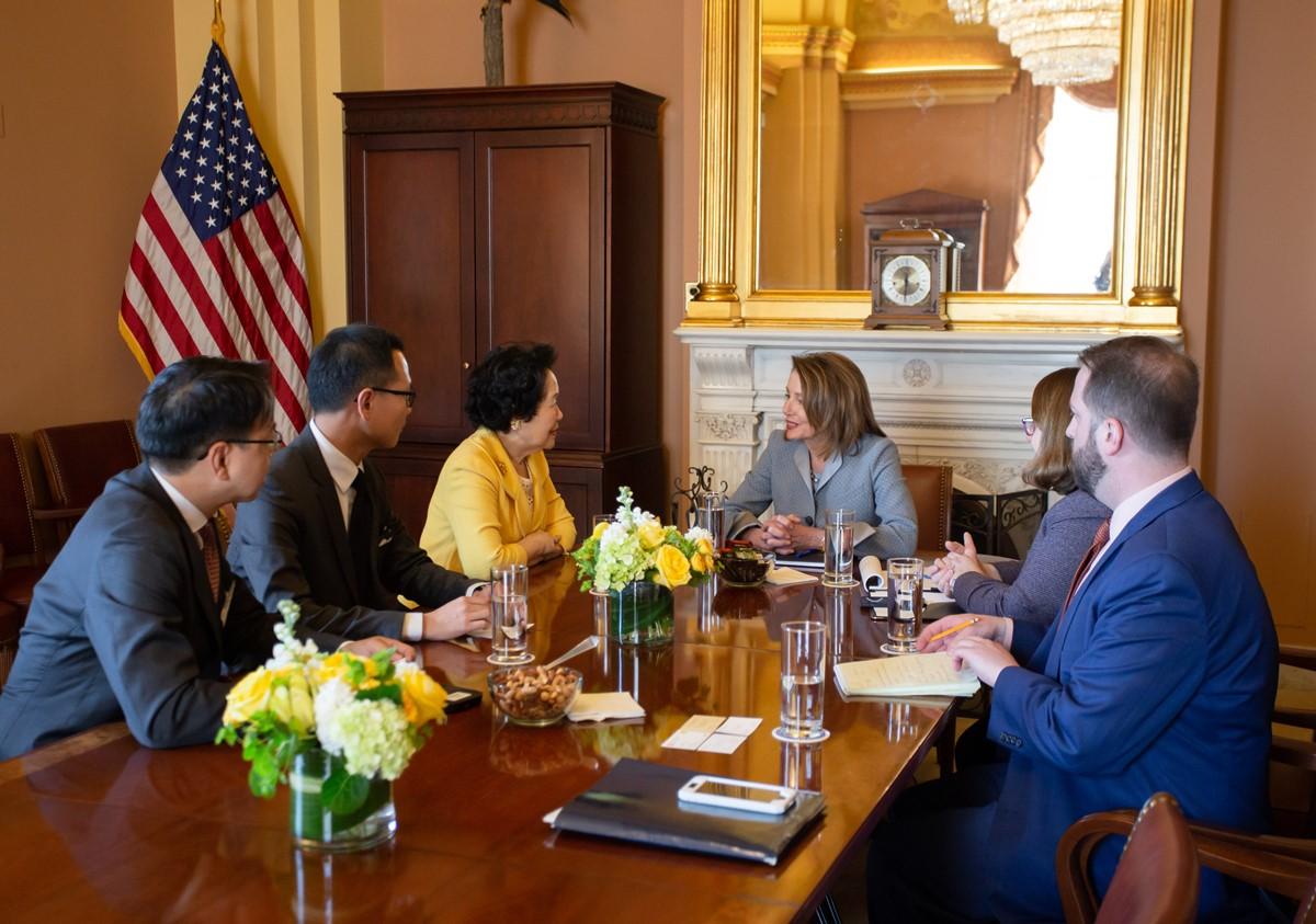 陳方安生等人周二與美國眾議院議長佩洛西會面,佩洛西表示非常關心「一國兩制」在香港的實施情況。(公民黨提供)
