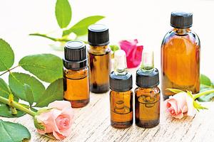 玫瑰精油 舒緩經前症候群