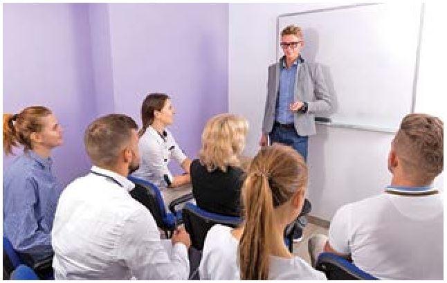 大學生演講技巧(一)儀態展現與時間把握
