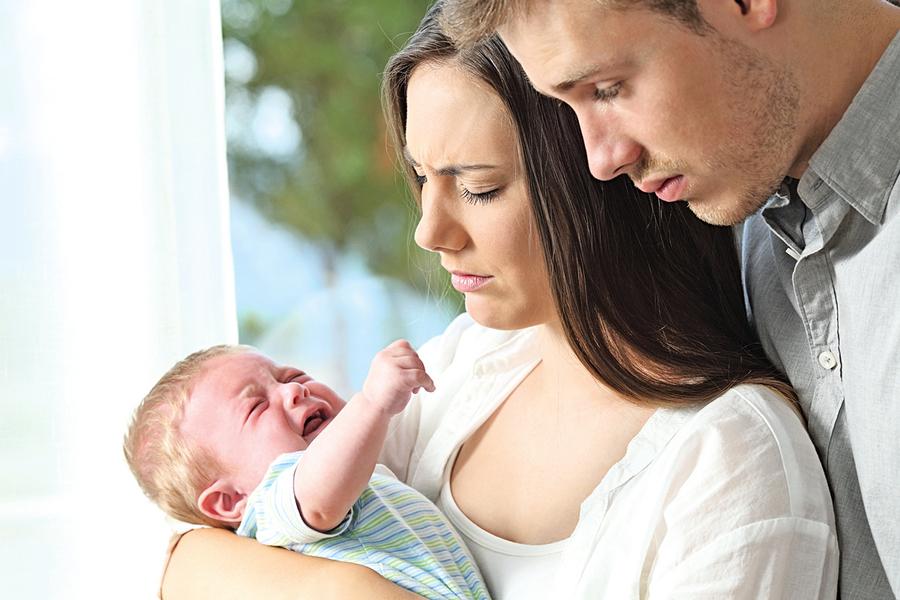 寶寶嘴裡長鵝口瘡怎麼辦?