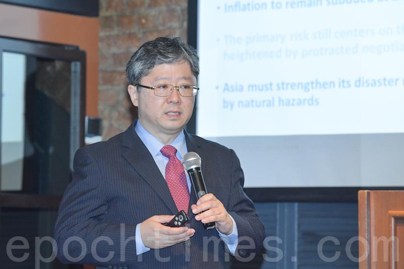 亞洲開發銀行首席經濟學家澤田康幸。(郭威利/大紀元)