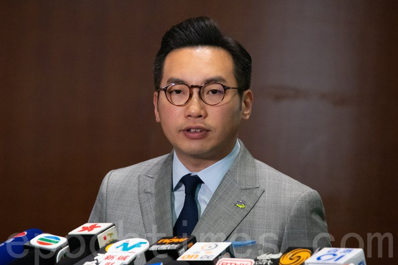 楊岳橋反駁鄭若驊指法庭可妥善把關的說法,又指政府的解釋根本無法釋除港人疑慮。(蔡雯文/大紀元)