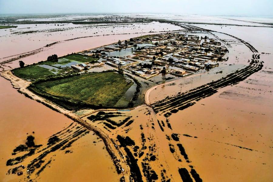 伊朗罕見暴雨洪災 六城居民急疏散