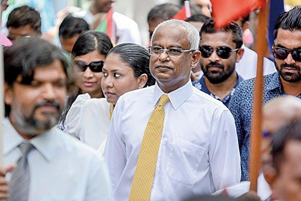 馬爾代夫新當選的總統索利上任後一改前總統亞明的親中路線,轉向其傳統盟友印度。(Getty Images)