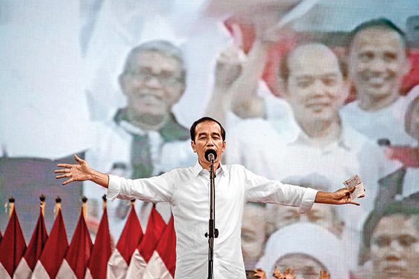印尼總統維多多正在尋求大選連任,他目前不得不面對引入「一帶一路」投資的負面政治效應。(AFP)