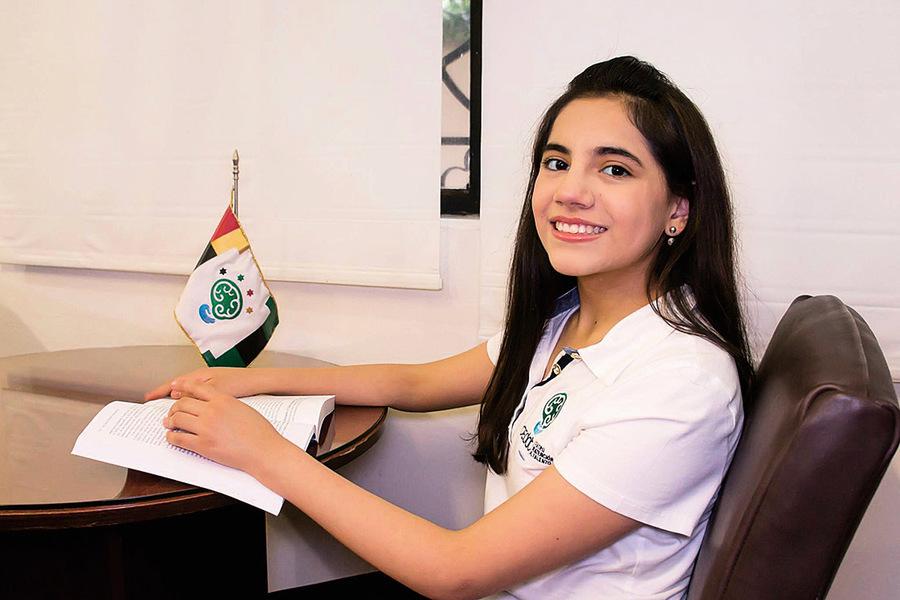 17歲入讀哈佛碩士學位 天才女孩的使命——成就別人
