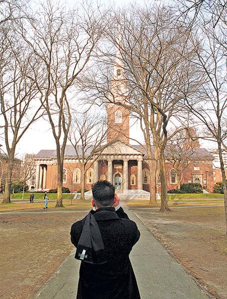 波士頓名校雲集。圖為哈佛大學校園內的紀念教堂(Memorial Church)。