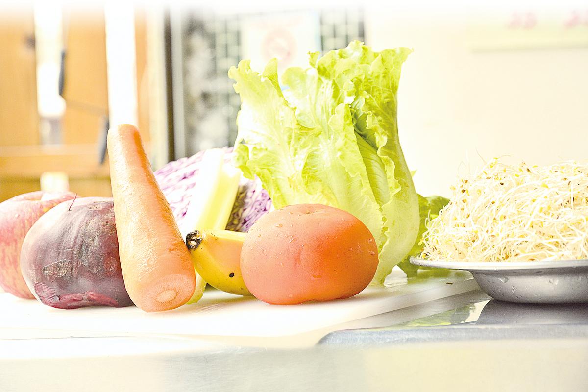 各式各樣的蔬果都可以做成精力湯。