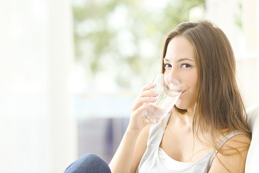 口渴已是過度缺水? 怎樣補水最有效