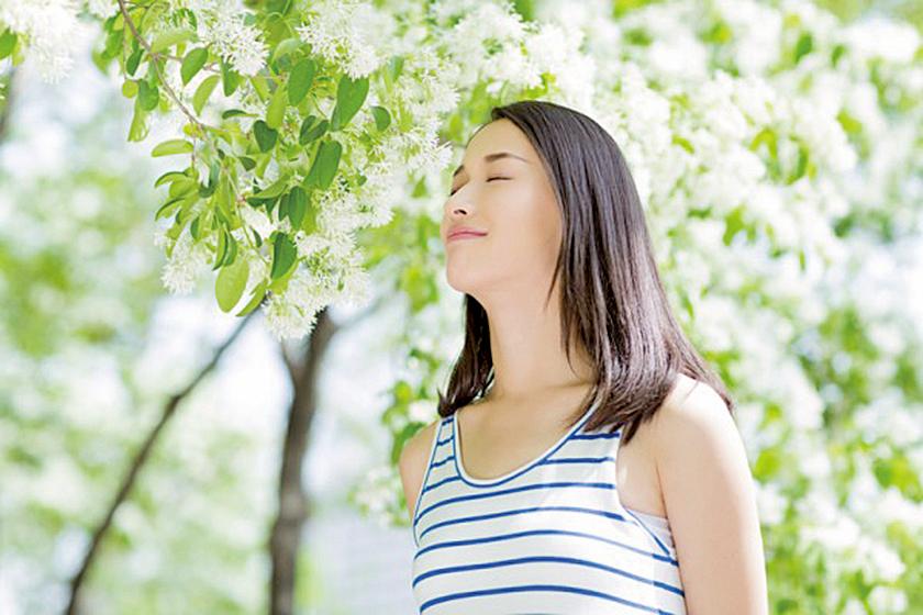 近期一項研究發現,人們每天至少花20分鐘漫步或坐在一個讓人可以感覺正在與大自然接觸的地方就會顯著降低人體內的壓力荷爾蒙水平,研究者稱此為減壓的「自然藥丸」(的的的的Fotolia)