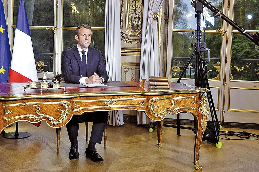 法國總統馬克龍4月16日發表全國電視講話,表示希望在五年內重建巴黎聖母院,讓她變得更美。美國和德國均表示,願意就此提供幫助。(YOAN VALAT/AFP/Getty Images)