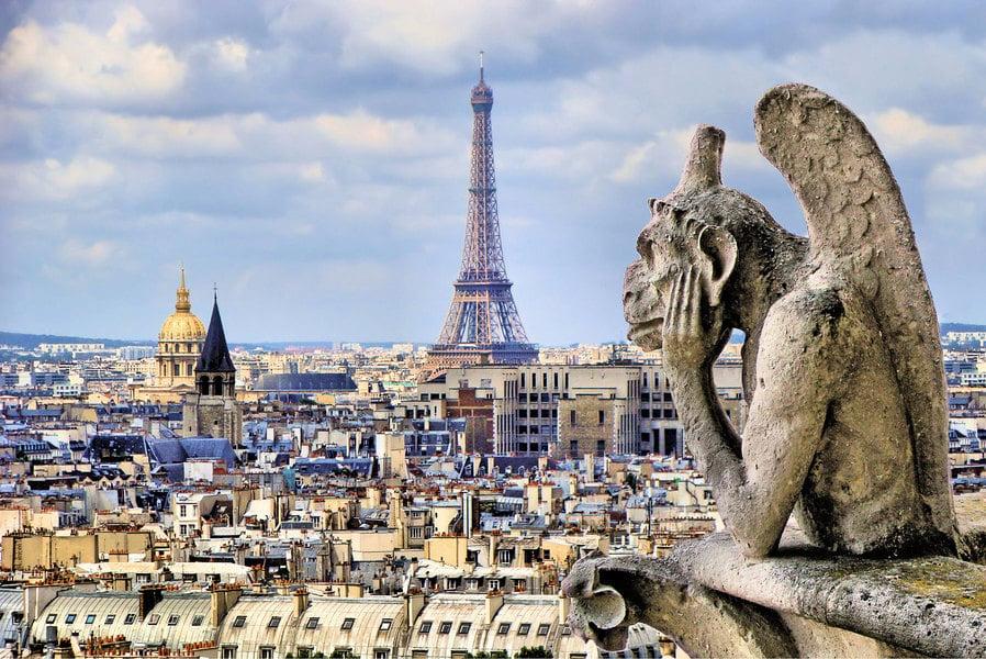 巴黎聖母院的滴水嘴獸和石像怪