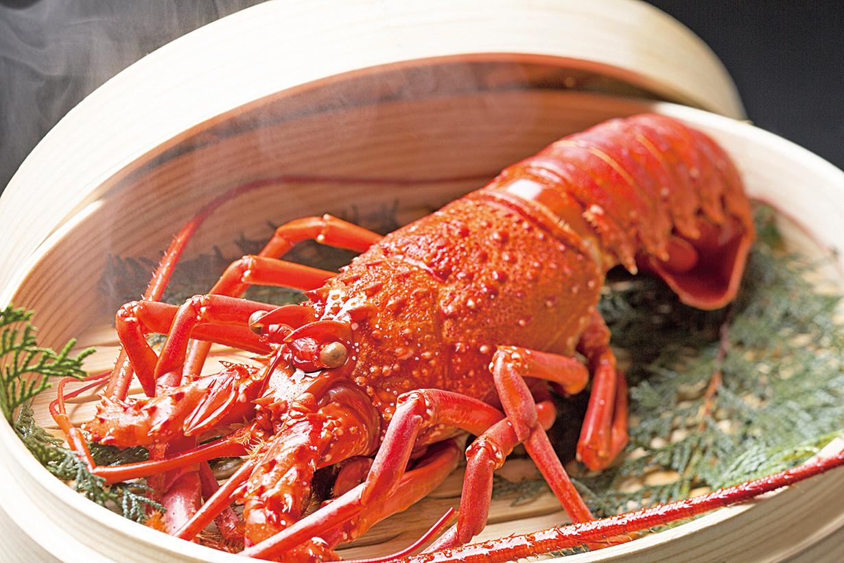 海鮮類食材最適合用清蒸的方式料理。