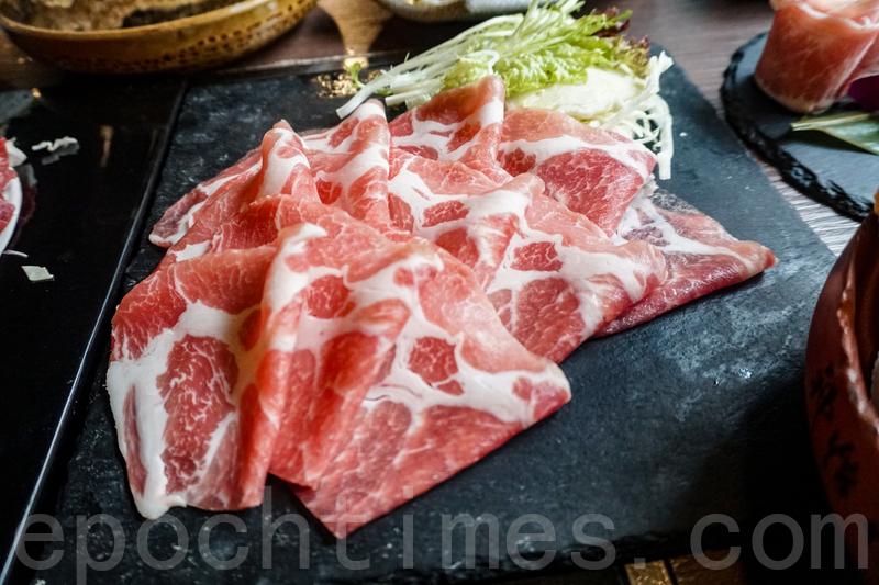 極品黑豚肉。