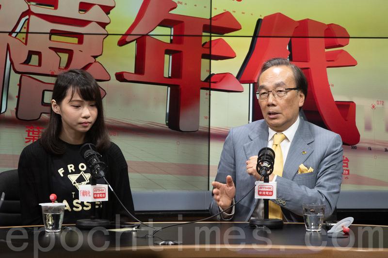 █梁家傑(右)昨日在電台中強調,「佔中」源於中共及梁振英當局打壓香港的民主,不能將所有責任推給「佔中三子」。(蔡雯文/大紀元)