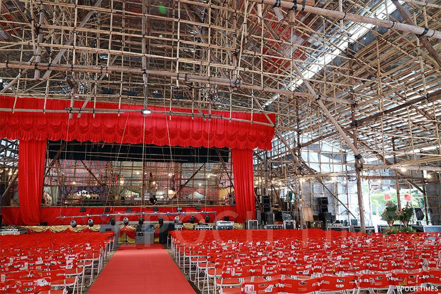 戲棚為上演神功戲的場所,大型戲棚一般可容納過千名觀眾。(陳仲明/大紀元)