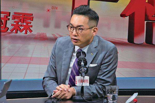 楊岳橋表示,周日參加反修訂《逃犯條例》遊行的人數創新高,當權者需要注意,若政府完全漠視民意聲音便是與民為敵。(蔡雯文/大紀元)
