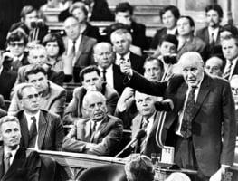 東歐劇變時 共產黨高層的選擇之【匈牙利篇】