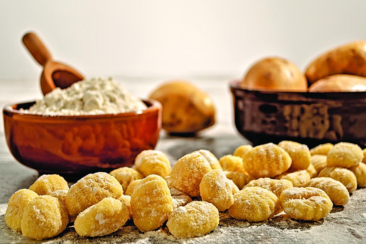 意粉有多種型態的麵條,圖為意粉疙瘩(Gnocchi)。