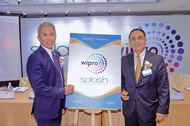 維布絡消費者護理品牌區域總監(東亞、非洲、歐洲)Nagender Arya(右)及Splash首席執行官Rolando B. Hortaleza(左)昨出席記者會。(宋碧龍/大紀元)