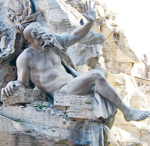 羅馬納沃納廣場四河噴泉雕像之拉普拉塔河河神。(公有領域)