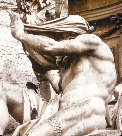 羅馬納沃納廣場四河噴泉雕像之尼羅河河神。(gregw66/Wikimedia)