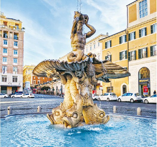 位於巴貝里尼廣場的特里同噴泉。(Andre.o.mob/Wikimedia)