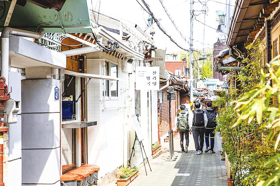 在首爾市區的迷宮中尋寶益善洞探訪之旅